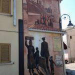 Emigrazione, murales a Satriano di Lucania, Potenza
